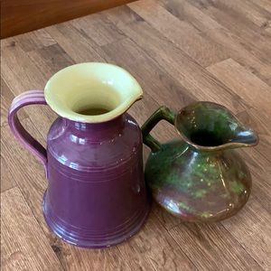 Bundle of two ceramic vases See photos condition